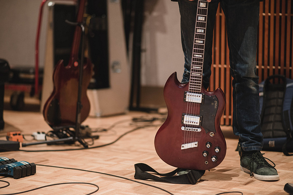 Stephen Malkmus's Guild S-100 guitar in its stand in The Current's studio.