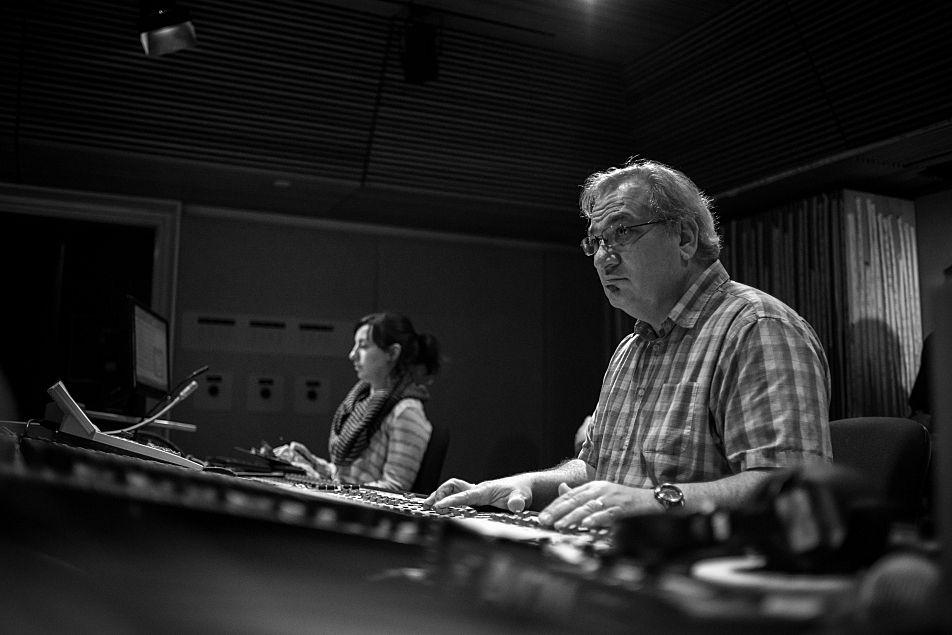Producer Jade and sound engineer Michael DeMark during the Sam Roberts Band session.