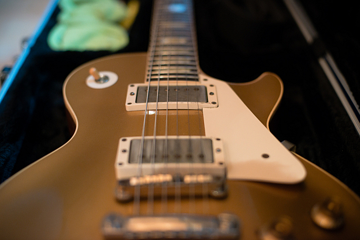 Steve Harris's Gibson Les Paul.
