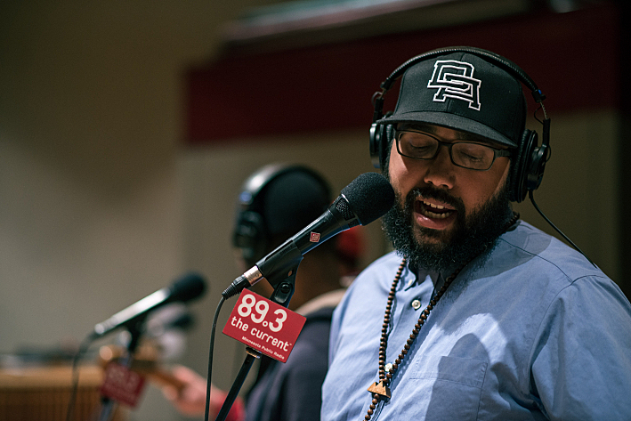 Felix of Heiruspecs in The Current studio