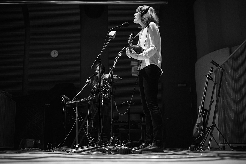 Haley Bonar performs in The Current studio, with keyboardist Kate Murray accompanying.