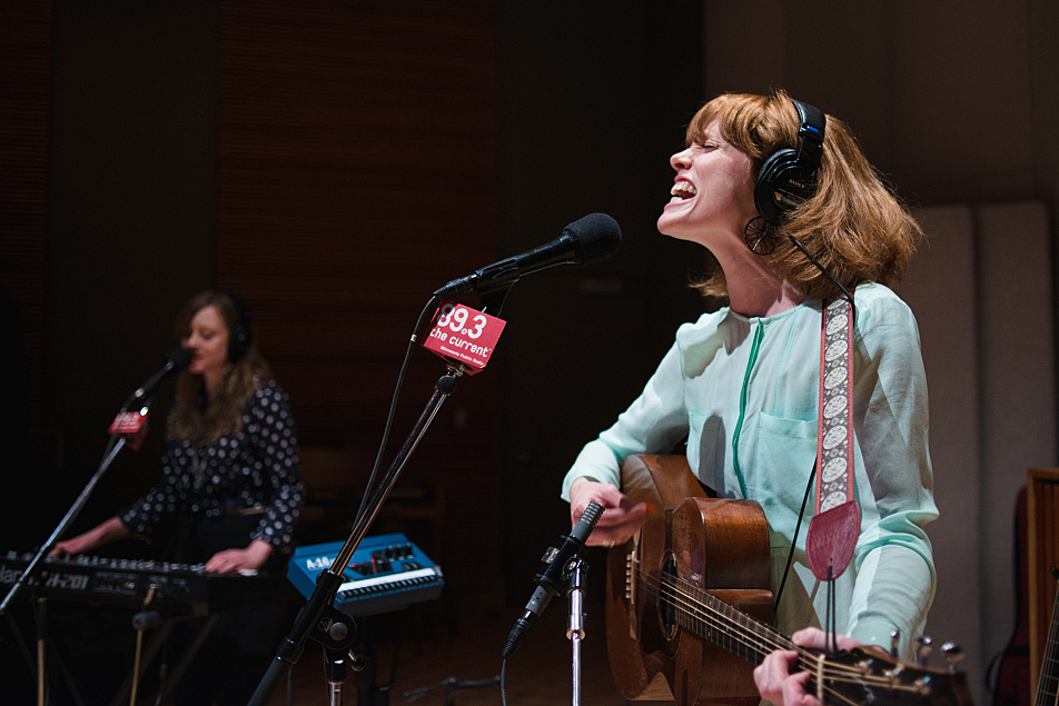 Haley Bonar and keyboardist Kate Murray in The Current's studio.