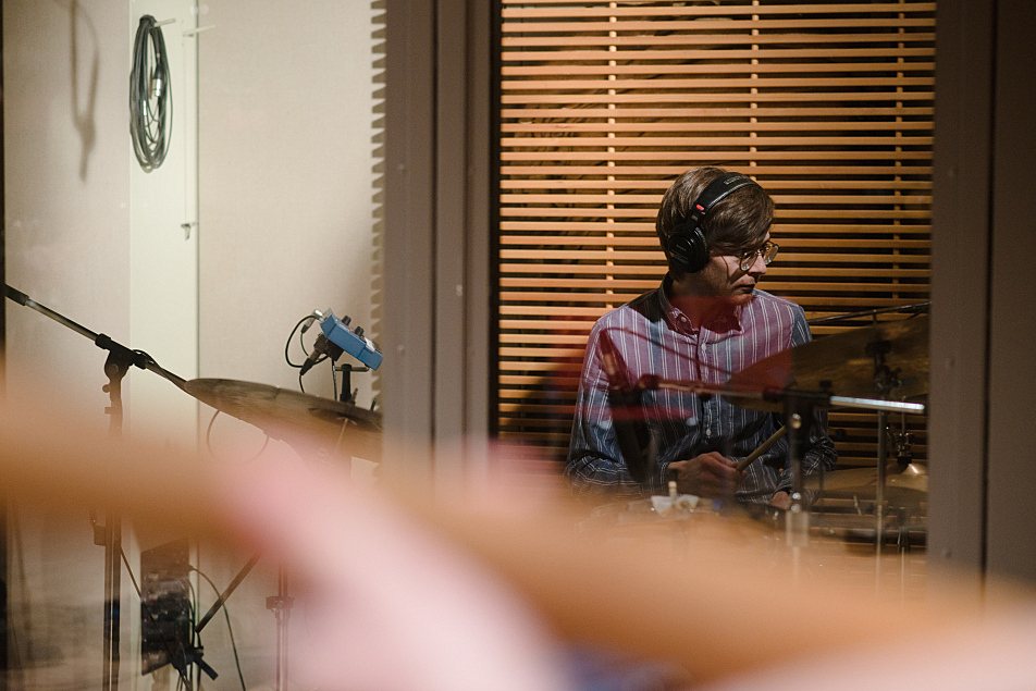Jeremy Hanson plays drums with Haley Bonar.