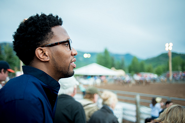 Conductor Roderick Cox talks with Fred Child at the Snowmass Rodeo