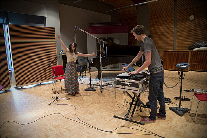 Sylvan Esso's Amelia Meath and Nick Sanborn performing