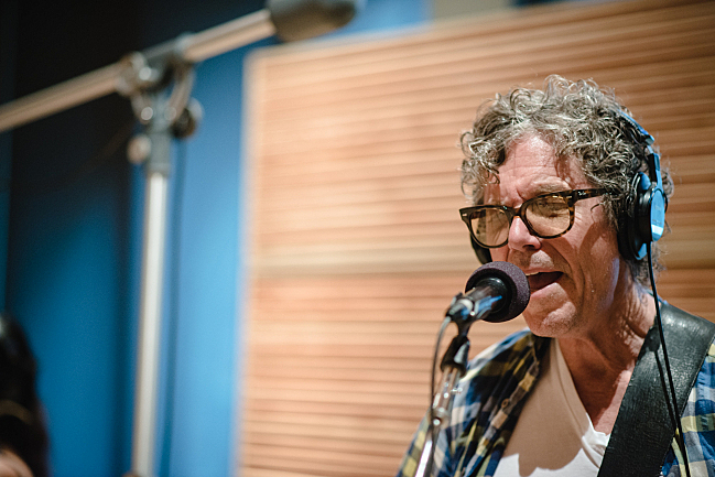 Gary Louris performs with the Jayhawks live in The Current studio.