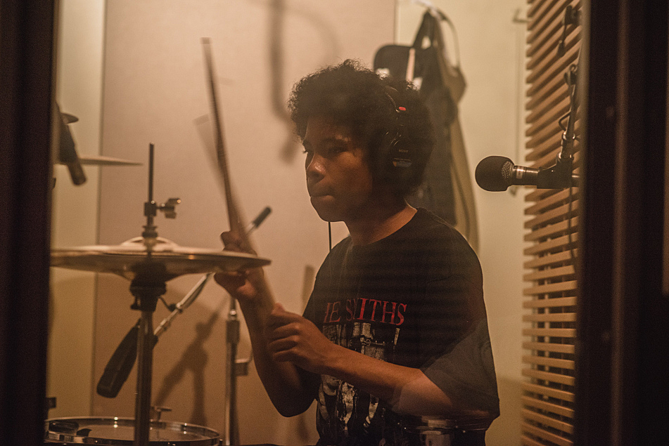 Anaiah of The Bots performs in The Current studios.