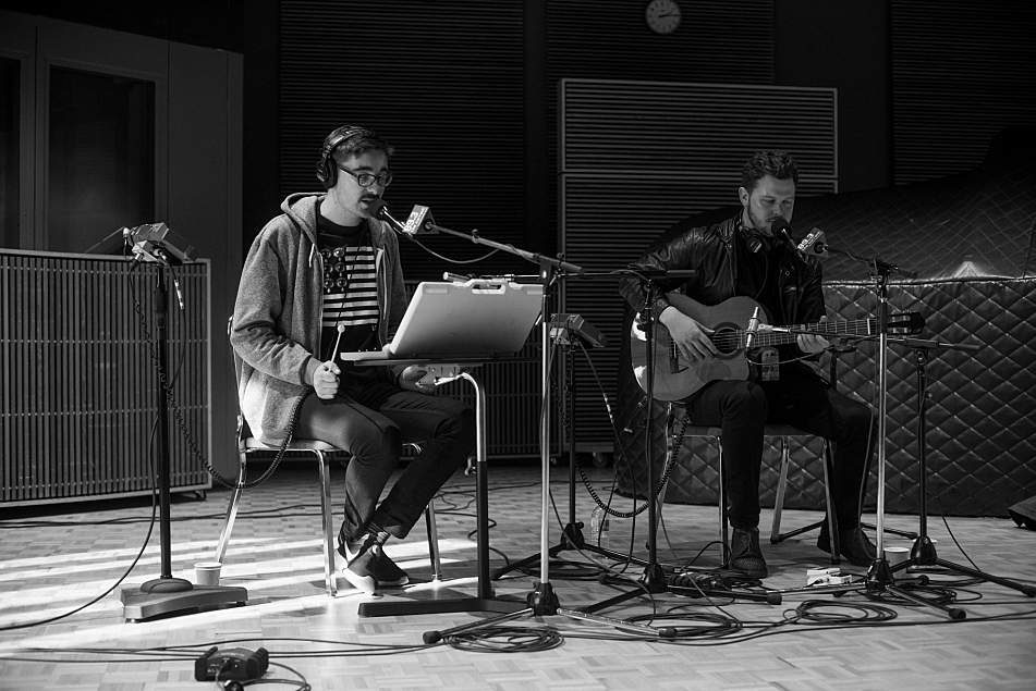 Gus Unger-Hamilton and Joe Newman of alt-J perform in The Current studio.