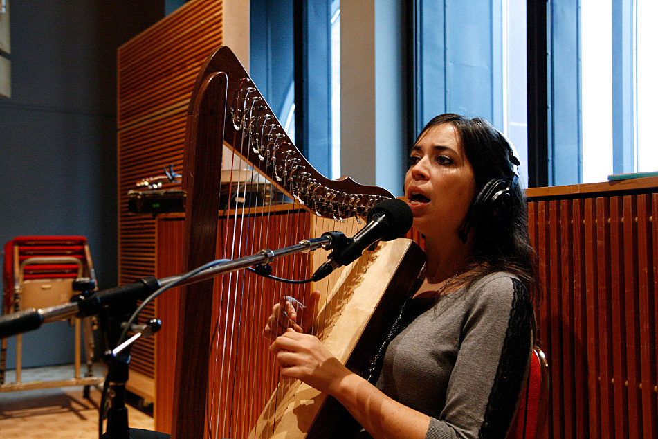 Sarah Page of the Barr Brothers performs in The Current studio