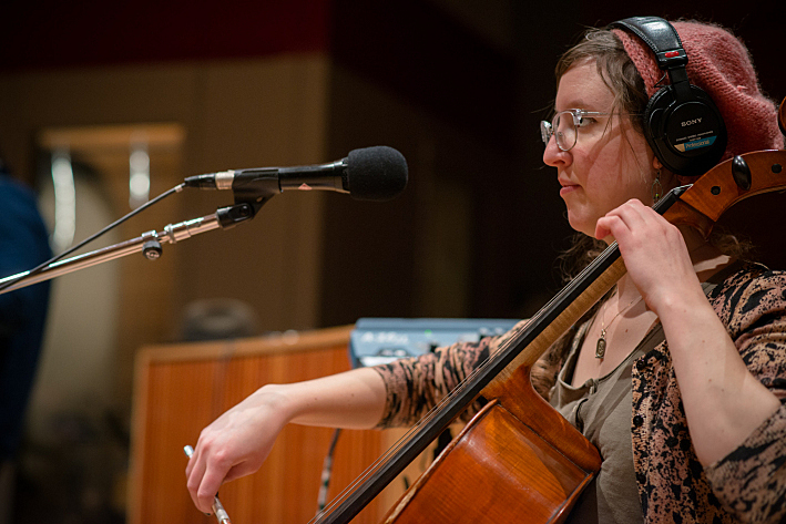 We Are the Willows cellist Hilary James performing live in The Current studio.