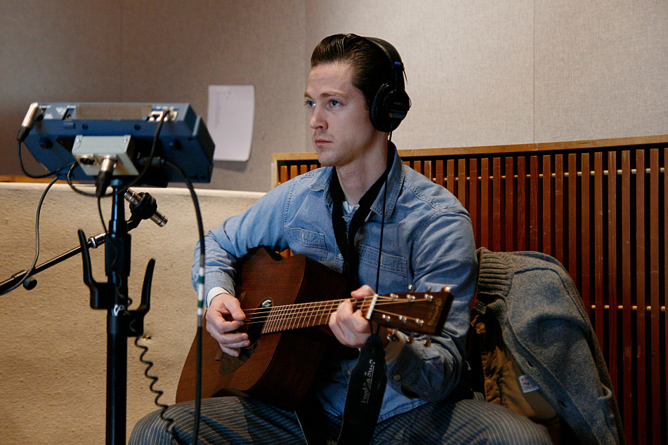 Doug Corcoran plays acoustic guitar with JD McPherson in The Current's studio.