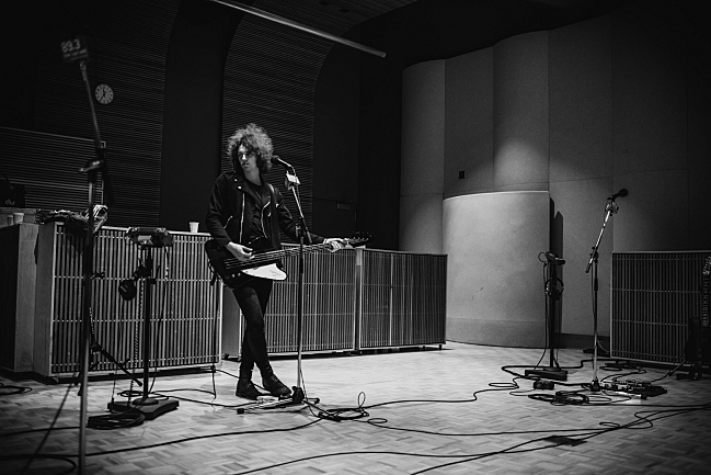 Catfish and the Bottlemen bassist Benji Blakeway soundchecking in The Current studio