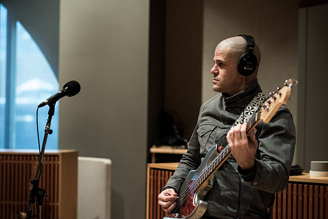 Bassist Darin Gray performing live with Tweedy in The Current studio