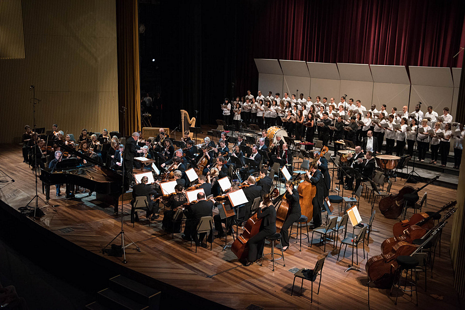 The Minnesota Orchestra performed on stage at the Cuban National Theater with Osmo Vanska conducting. The orchestra was joined by Cuban pianist Frank Fernandez, the Coro Nacional de Cuba and Coro Vocal Leo for Beethoven's Choral Fantasy on May 15, 2015.