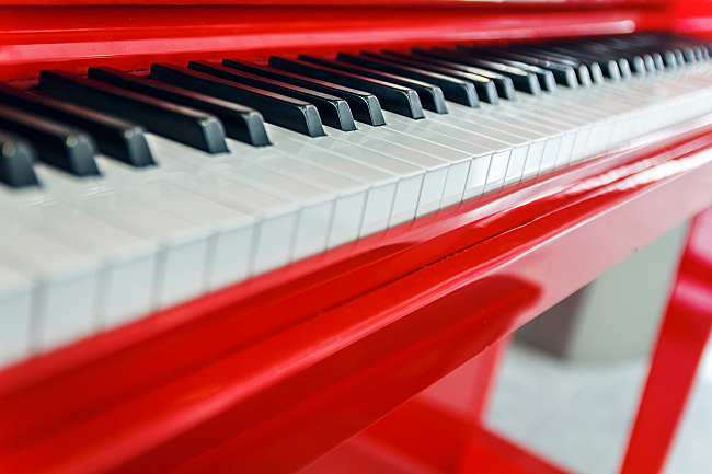 http://images.publicradio.org/content/2015/06/23/20150623_red-piano.jpg