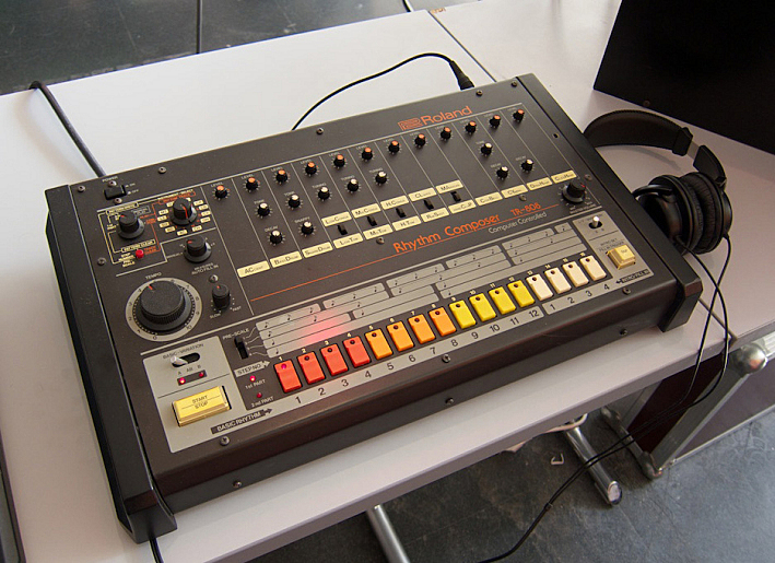 9 30 coffee break the roland tr 808 drum machine the current from minnesota public radio. Black Bedroom Furniture Sets. Home Design Ideas