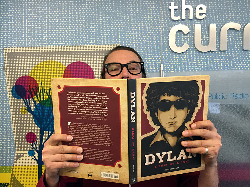 David Campbell studies up on Dylan lore