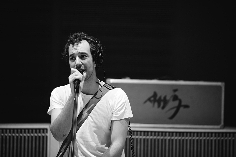 Albert Hammond Jr. performs in The Current studio.
