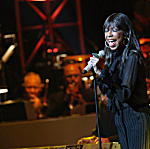 Singer Natalie Cole performs onstage during the SeriousFun Children's Network 2015 Los Angeles Gala celebrating the legacy of Paul Newman on May 14 in Hollywood, Calif.
