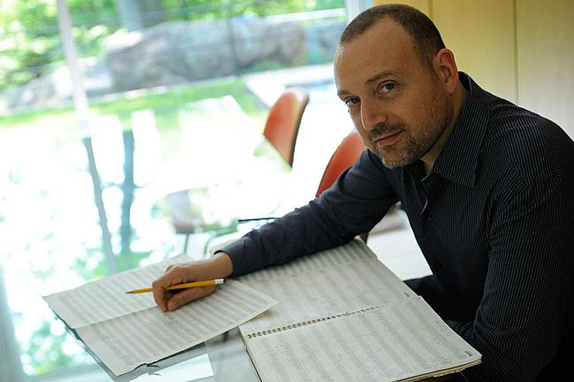 Composer and clarinetist Derek Bermel