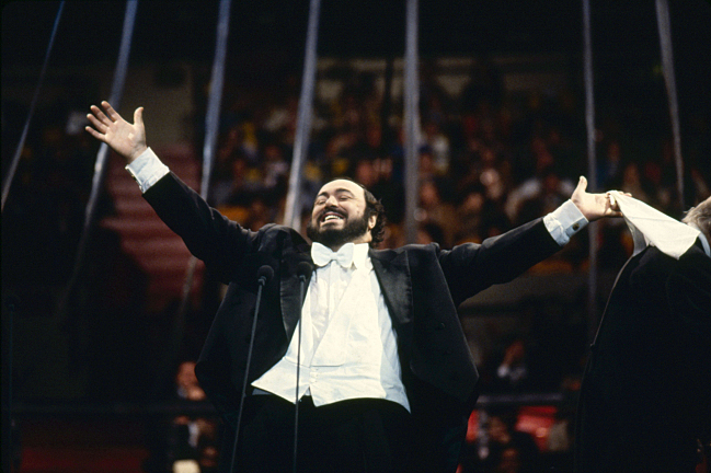 http://images.publicradio.org/content/2016/01/26/20160126_luciano-pavarotti.jpg