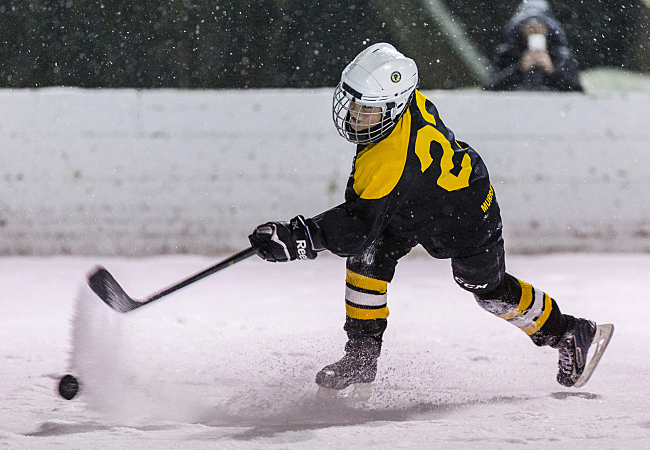 Winter Classic: Duluth Youth Hockey Keeps It Old-school, Outdoors