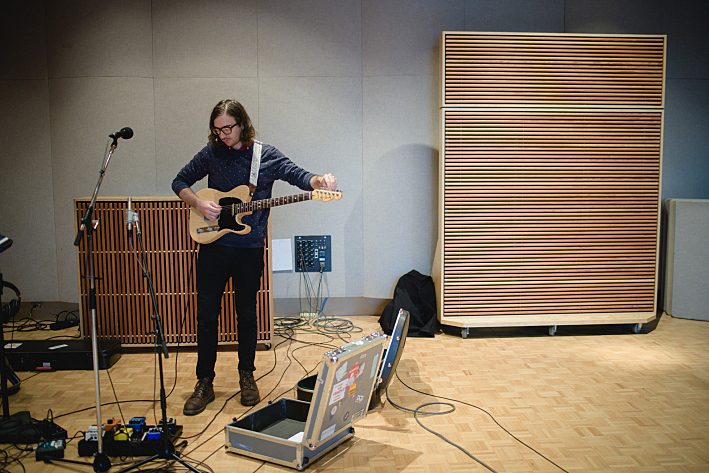 Martin Courtney performs in The Current studio