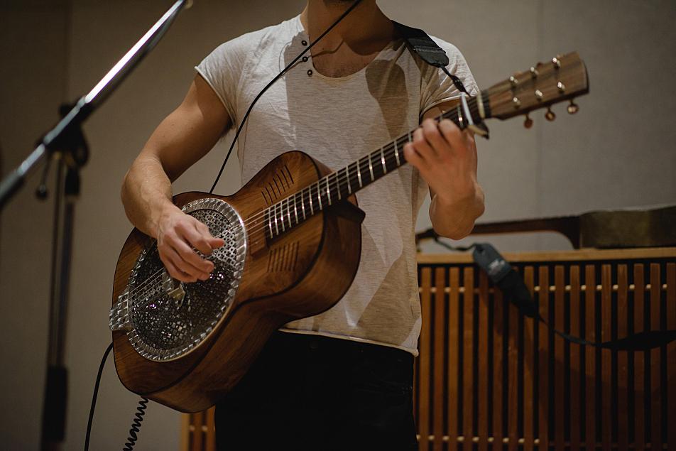 Kaleo's JJ Julius Son plays guitar in The Current's studio