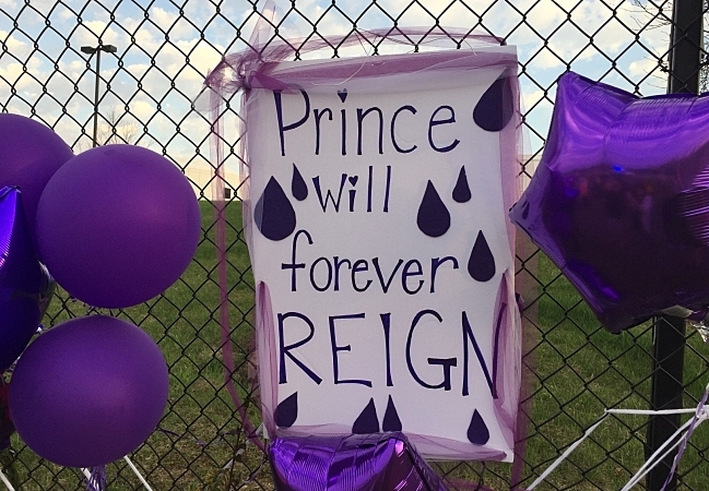 Sign for Prince at Paisley Park