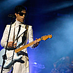 Prince performs during the 2007 NCLR ALMA Awards held at the Pasadena Civic Auditorium on June 1, 2007, in Pasadena, Calif.