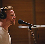 Astronautalis performed in The Current studio with drummer Mo McNichols